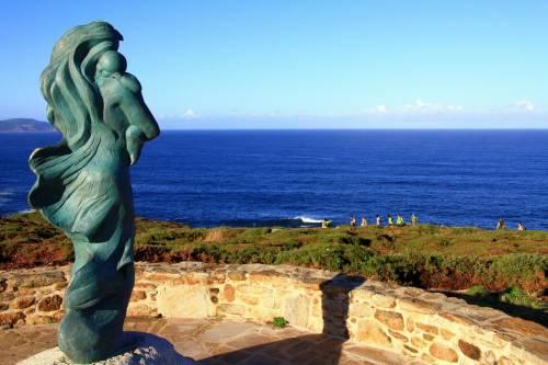Faro de Laxe - Estatua A Espera