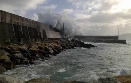 Faro Puerto de Malpica